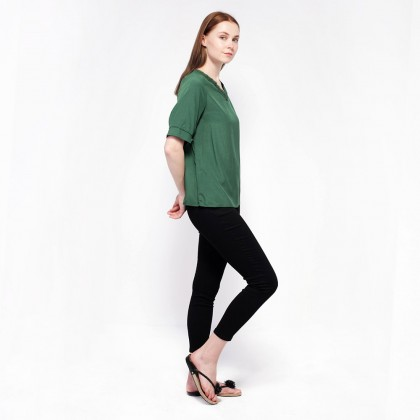 Ne Double S- V neckline Trim with Lace Short Puff Sleeve Blouse