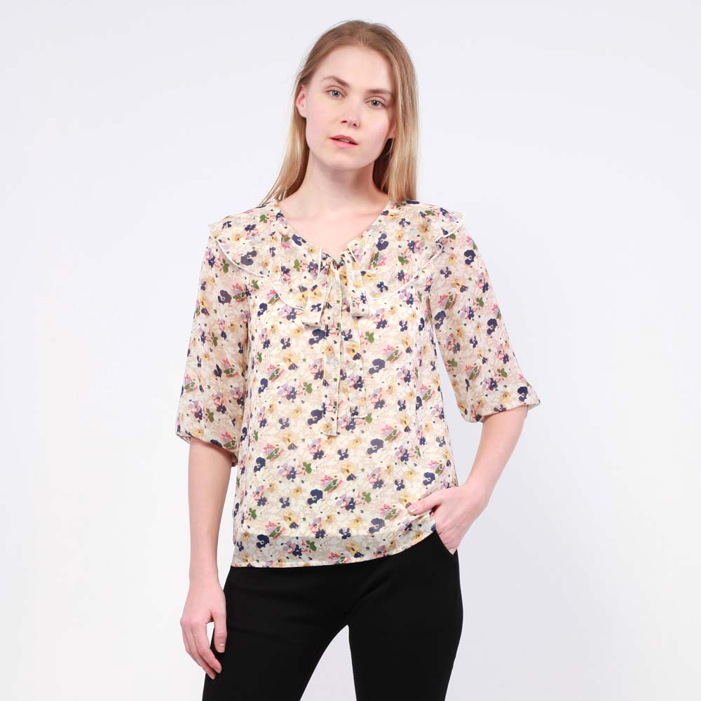 Ne Double S- Three Quarter Sleeve Floral Blouse With Ruffle On V Neck