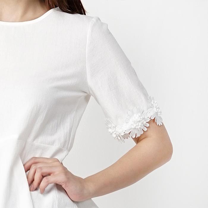 Round Neckline Short Sleeve Trim With Patchwork Blouse